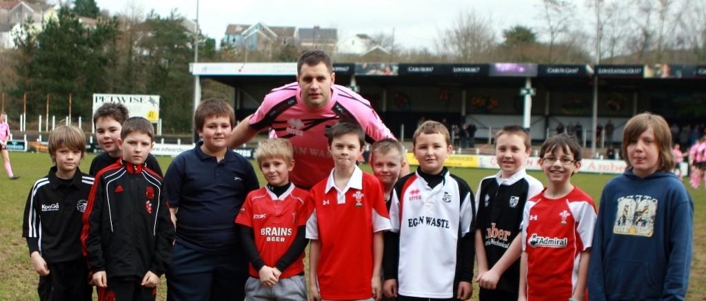 Pontypridd RFC Mascots